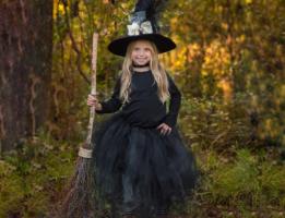 No-Sew Witch Tutu