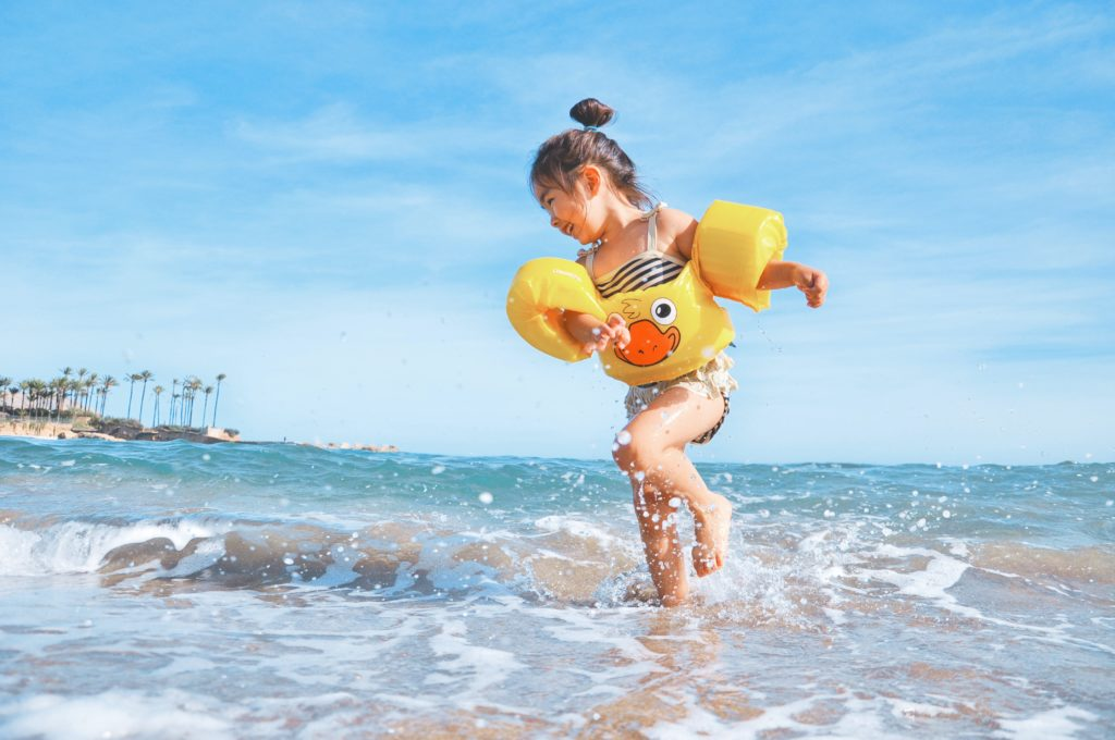 protect your child with sunscreen