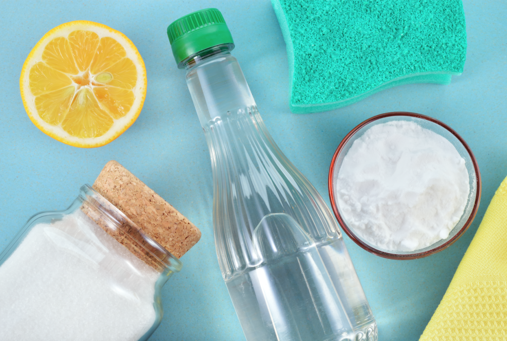 Cleaning Solutions with Lemons